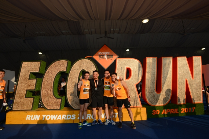 Income Eco Run_Runners with the Eco Run Structure.JPG